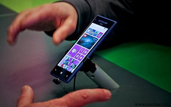 htc-windows-phone-8x-fb